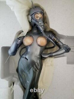 Hajime Sorayama Commando Statue 1/4 Scale Volks Brand New Extremely Rare # 337