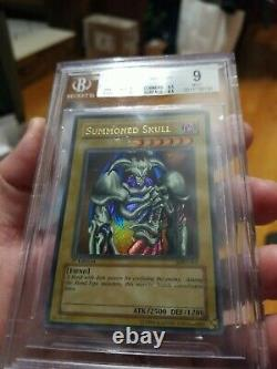 Summoned Skull 2002 Yugioh MRD-003 1st Edition New BGS 9 MINT Extremely Rare