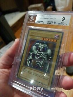 Crâne Invoqué 2002 Yugioh Mrd-003 1ère Édition Nouveau Bgs 9 Mint Extrêmement Rare