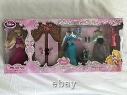 Disney Store 2013 Ariel Et Sisters Mini Dolls + 4 Princess Wardrobe Play Sets