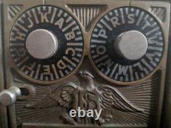 Extrêmement Rare Antique Verrouillage 2-dial U. S. Mail Office Box Wooden Coin Bank