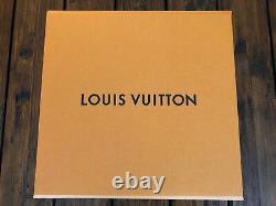 Véritable Louis Vuitton Vivienne LV World Tour Limited À 500 Extrêmement Rare Nouveau